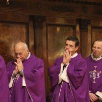 Altri sacerdoti concelebranti