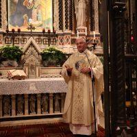 Ingresso dei Sacerdoti e del Vescovo