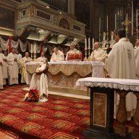 Il Vescovo Luciano Monari durante l'omelia