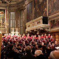Orchestra e coro diretti dal M° Mario Mora