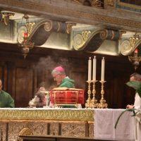 Incensazione dell'altare