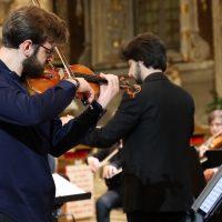 Il violinista Gennaro Cardaropoli e il direttore Aram Khacheh