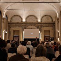 Il Rettore, don Claudio Zanardini, parla ai pellegrini