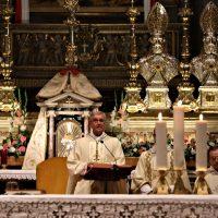 Il Vescovo presiede la solenne concelebrazione