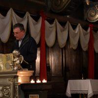 """Don Claudio Boldini legge un brano dal """"Pensiero alla morte"""" di S. Paolo VI"""
