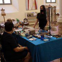Punto vendita oggetti religiosi per la devozione dei fedeli
