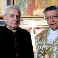 L'Arcivescovo emerito Ubaldo Santana con il Rettore del Santuario