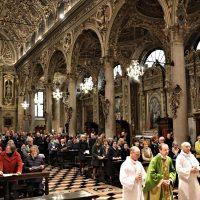 Ingresso in Basilica per la celebrazione della S. Messa