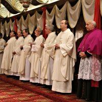 Alcuni Concelebranti e alcuni Canonici della Cattedrale