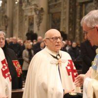 Scambio di pace tra il Vescovo e i Cavalieri del S. Sepolcro