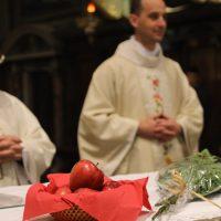 Le mele e le rose, simboli di Santa Dorotea, martire