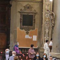 Sosta di preghiera presso la reliquia di S. Paolo VI