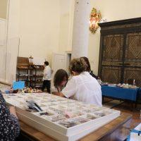 La vendita degli oggetti sacri
