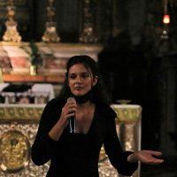 Una corista condivide alcune emozioni e pensieri