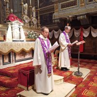 Mons. Giacomo Canobbio, che presiede, e don Claudio Zanardini