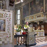 Mons. Bruno durante l'omelia