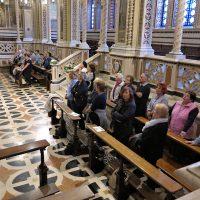 I pellegrini in Santuario