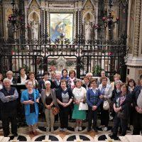 I pellegrini davanti all'Immagine Sacra
