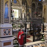 Don Giovanni presiede la celebrazione eucaristica