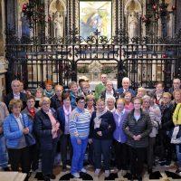 Il gruppo davanti alla Sacra Immagine