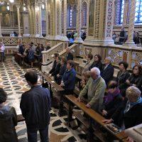 Pellegrini in Santuario