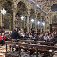 I pellegrini in Basilica