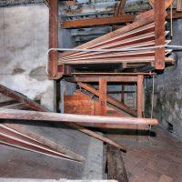 Manticeria: in primo piano i due mantici delle trombe a squillo